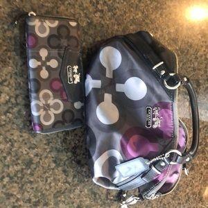 Matching Coach purse and zip around wallet!